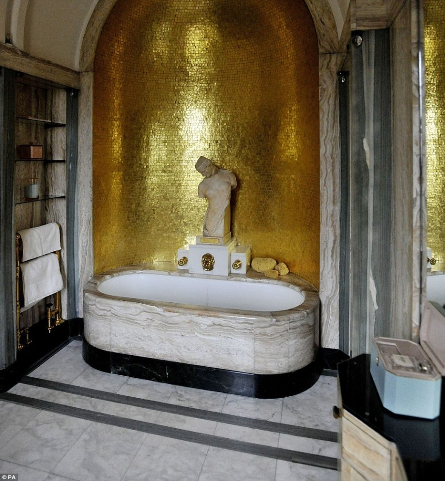 Eltham_Palace_Bathroom